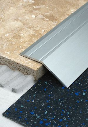 15mm S/A Ramp 2.7m Self Adhesive matte Silver